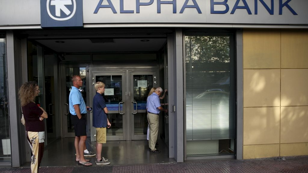 Grecia prorroga hasta mañana el cierre de sus bancos
