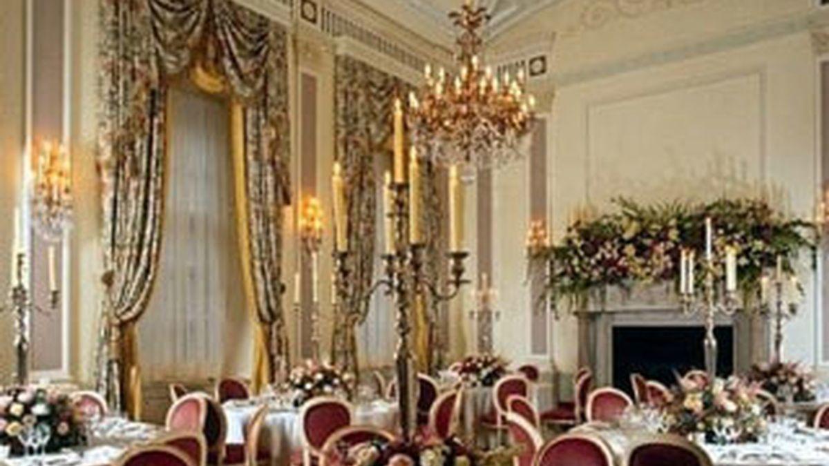 Imagen de uno de los comedores del Hotel Ritz, en Piccadilly.