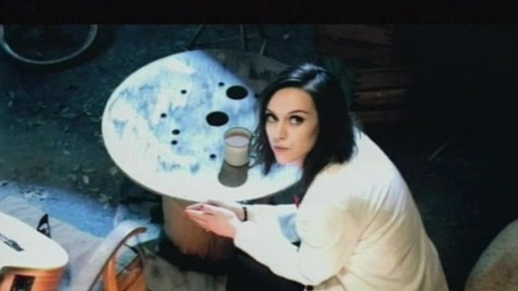 Amy Macdonald - Videoclip Don`tTell Me That It`s Over