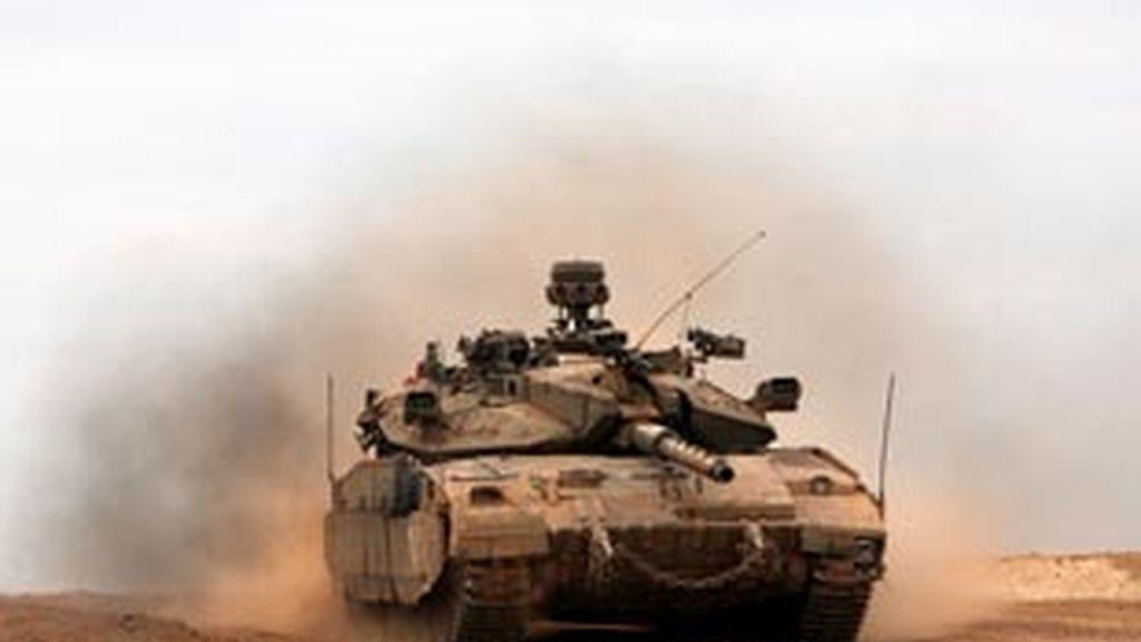 Los tanques israelíes completan la retirada de Gaza. Foto: EFE