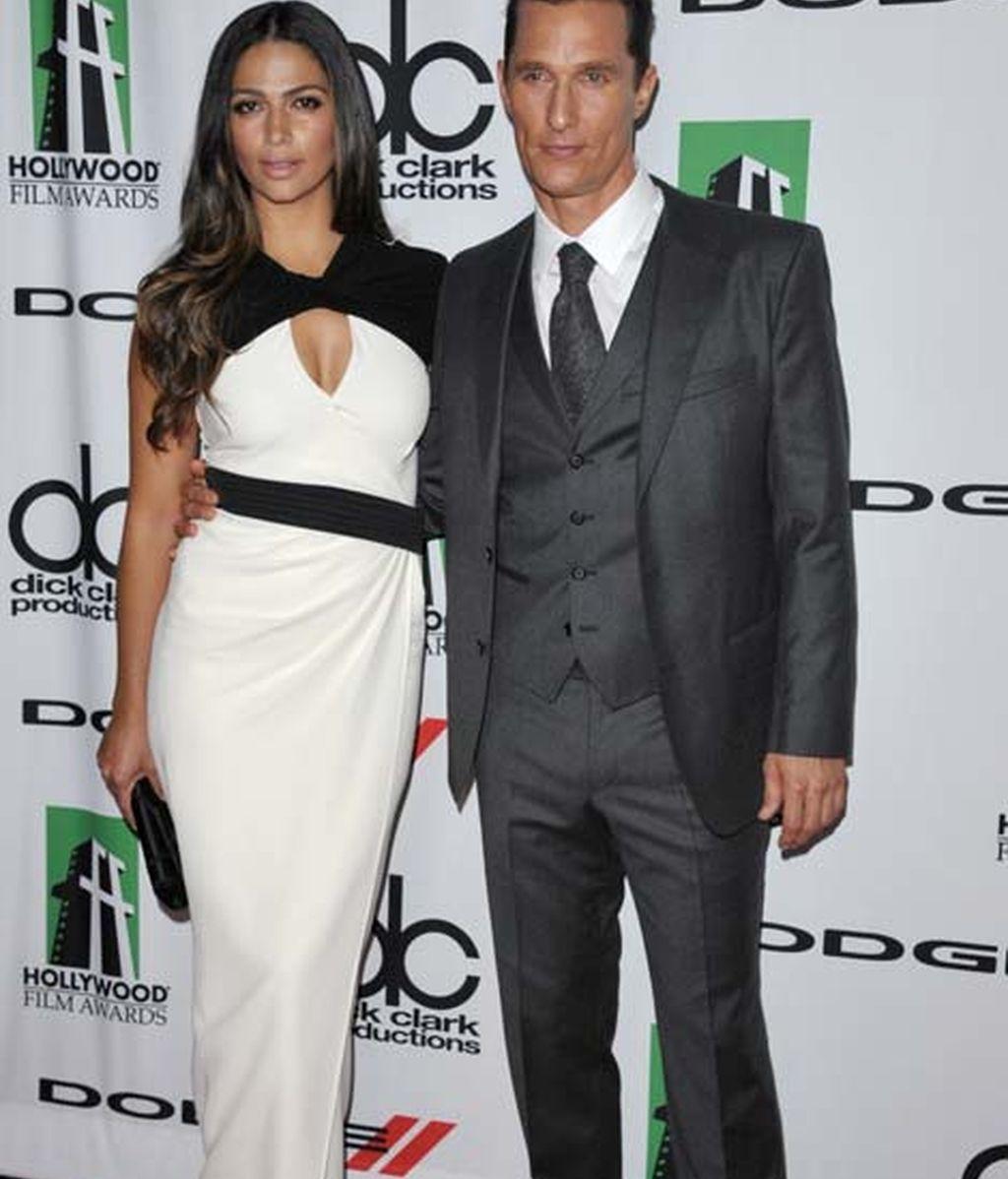 Matthew McConaughey y su mujer Camila Alves