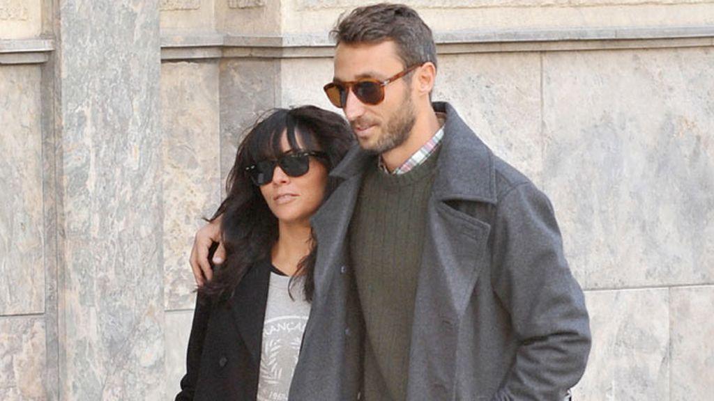 Raquel y Pedro residen en Los Ángeles, pero están de vacaciones en España