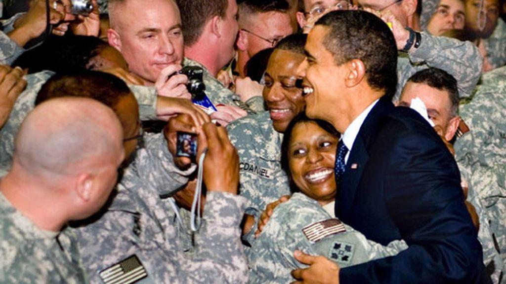 Viaje inesperado de Obama a una zona de guerra