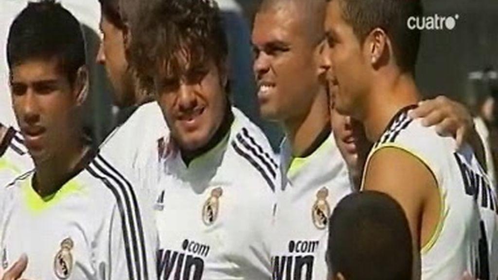 El Madrid se entrena con los niños