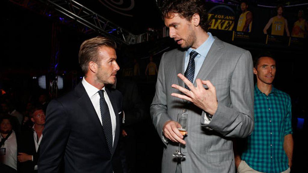 Gasol y Beckham se juntan en la presentación de Time Warner Sports