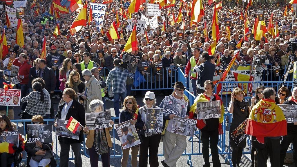Concentración organizada en Madrid por la asociación Voces contra el Terrorismo