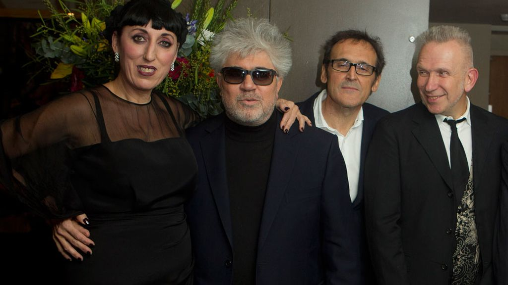 Hollywood rinde homenaje a Almodóvar