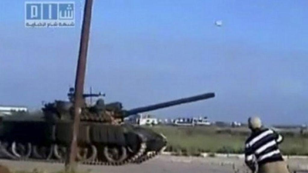 El gobierno sirio ha sacado los tanques a la calle.