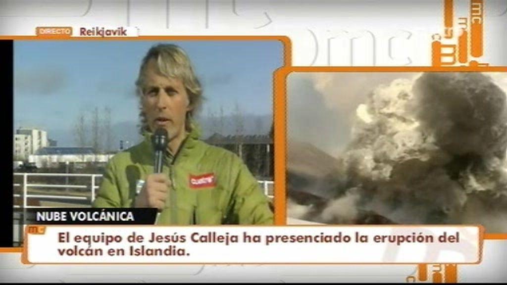Jesús Calleja vive en primera persona la explosión del volcán islandés
