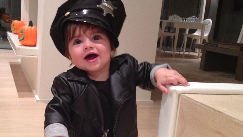 Milan, un bebé policía