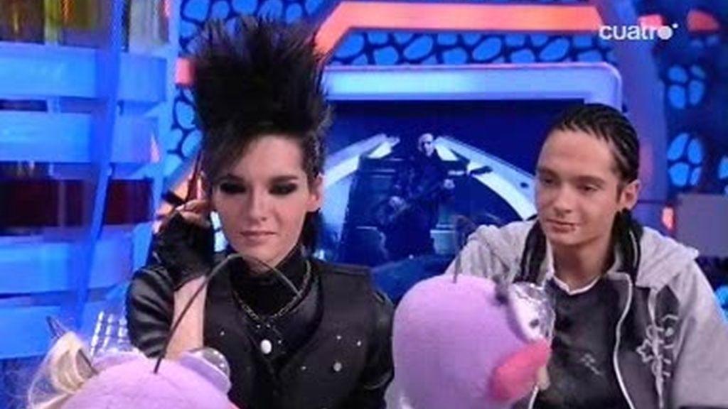 Trancas y Barrancas enseñan a Tokio Hotel cómo comunicarse con las fans españolas