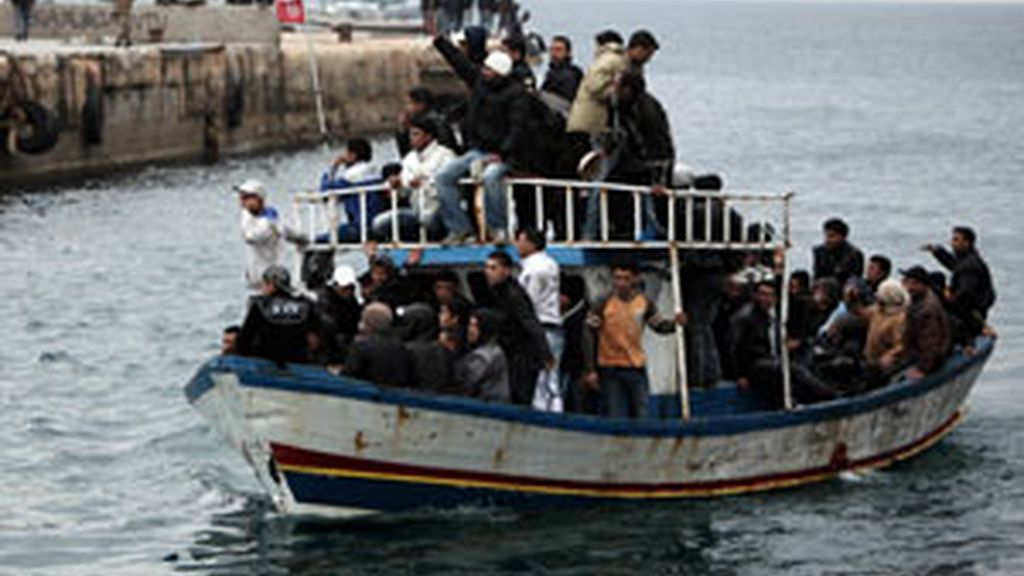Inmigrantes llegando a Lampedusa. GTRES.
