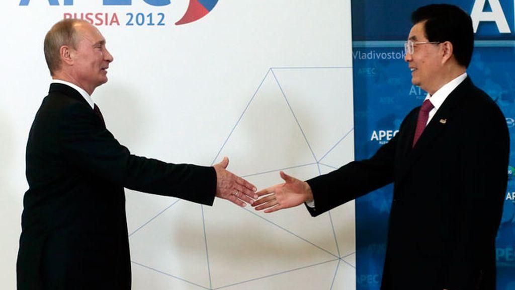 China y Rusia hacen sonar la alarma por el estado de la economía mundial