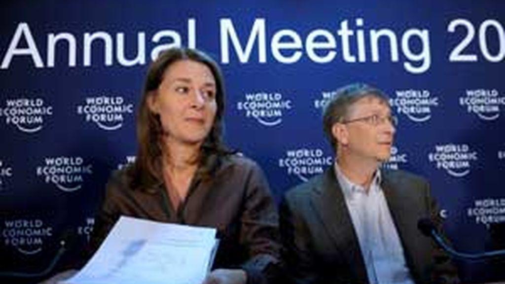 Melinda y Bill Gates son asiduos participantes en el Foro Económico Mundial. Foto: EFE