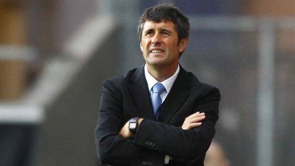 López-Caro fichó en 2006 por el Racing pero no llegó a trabajar
