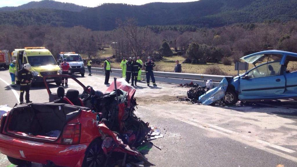 Cinco fallecidos en un accidente de tráfico en El Tiemblo