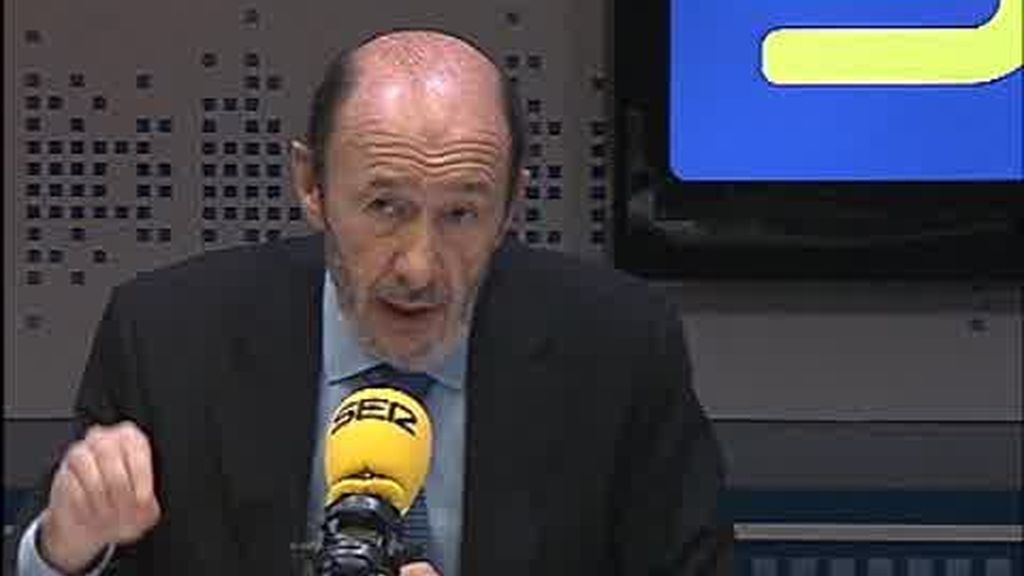 "Rubalcaba: ""Batasuna debe abandonar ETA"""