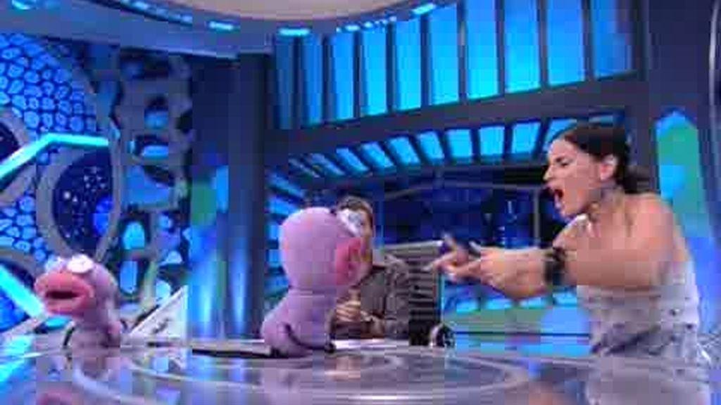 Nelly Furtado baila una canción de Trancas y Barrancas sobre Canada
