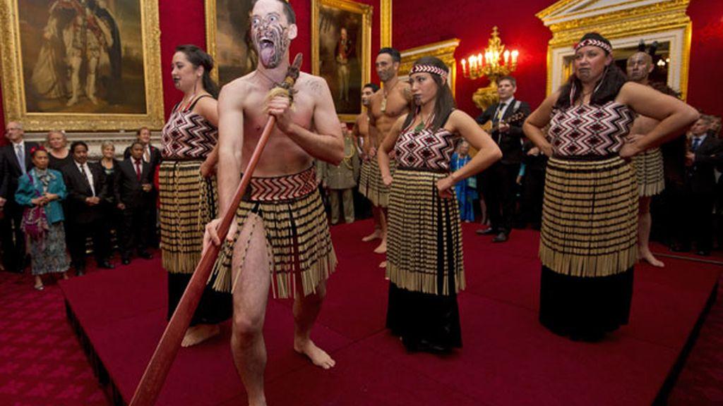 Los invitados disfrutaron de los bailes 'Haya' de los maorís