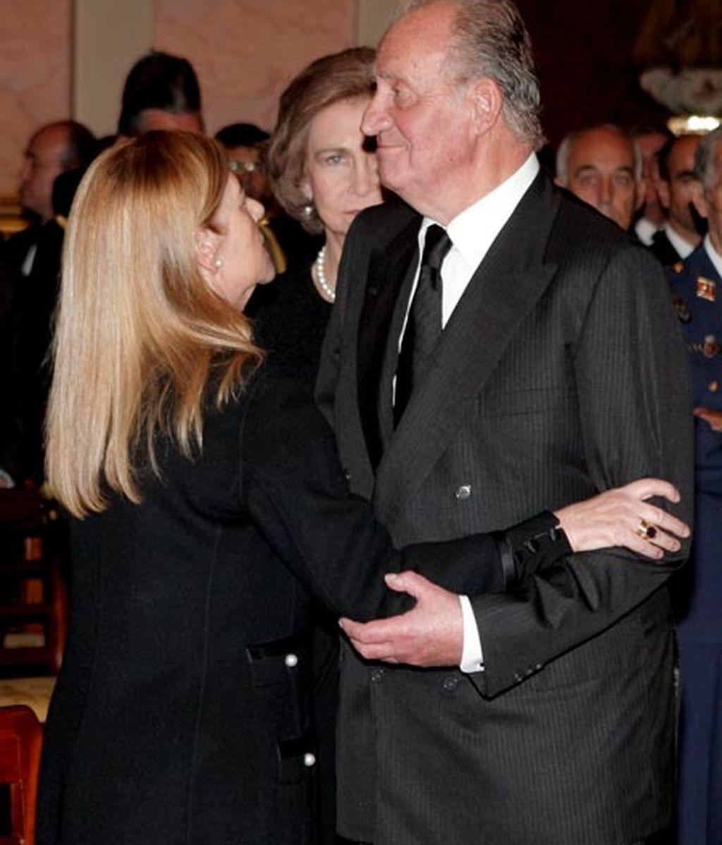 Don Juan Carlos se despide de su asesor
