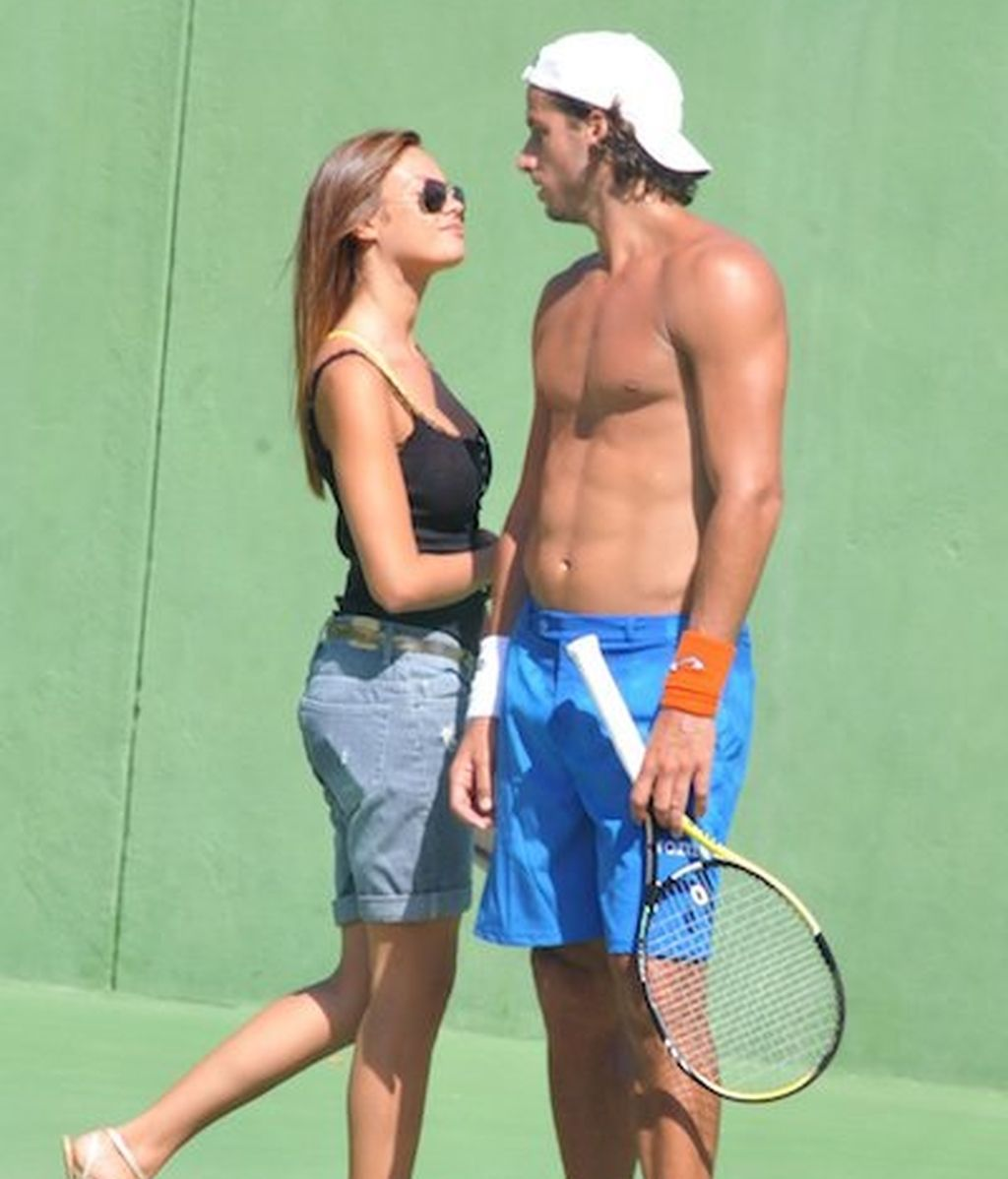 Feliciano y su nueva novia inauguran los calentones de verano