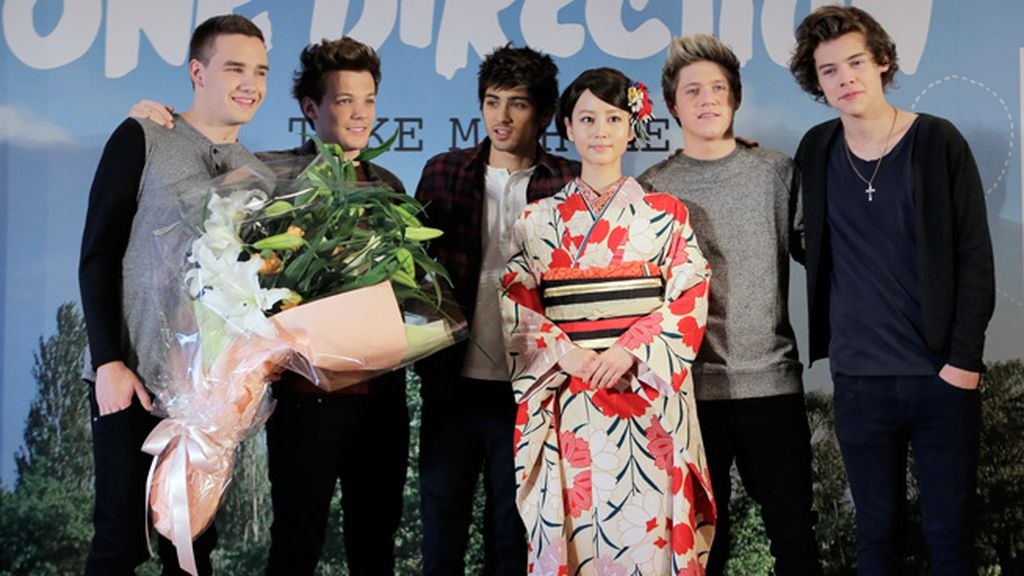 One Direction ha presentado 'Take me home' en Japón