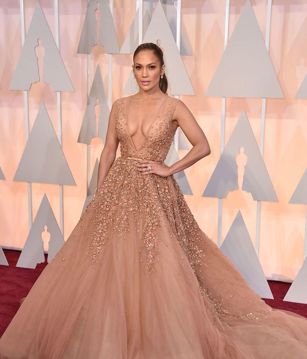 Jennifer Lopez vestida de Elie Saab