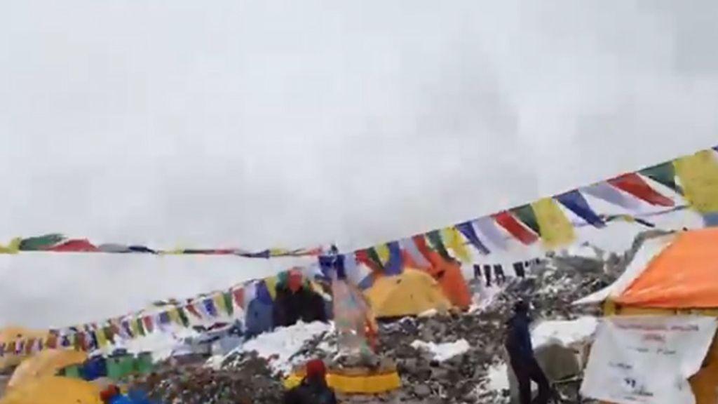 Momentos antes de la avalancha en Nepal