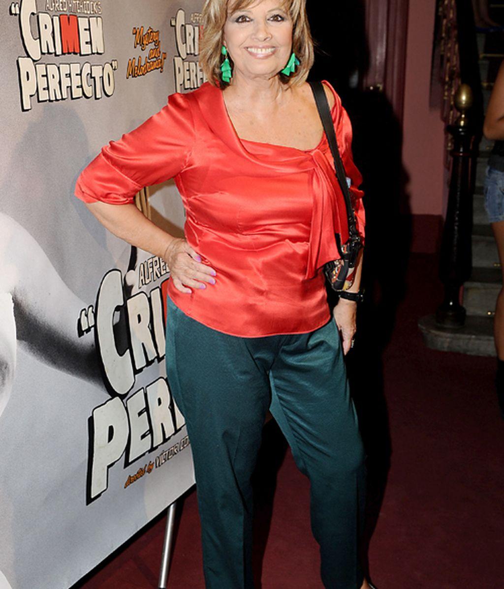 Elena Furiase va al estreno de la obra por la que cogió la baja