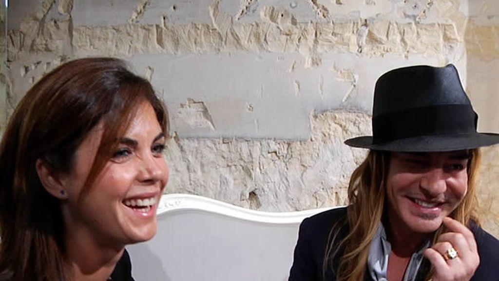Samanta con John Galliano, diseñador de moda