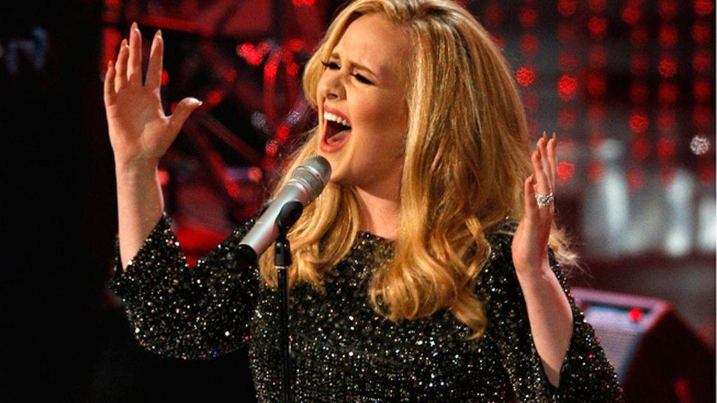 Adele cumple 25 años
