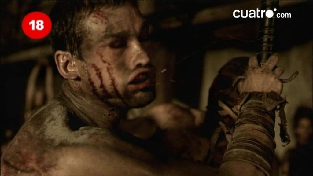Espartaco le salva la vida a su 'domine'