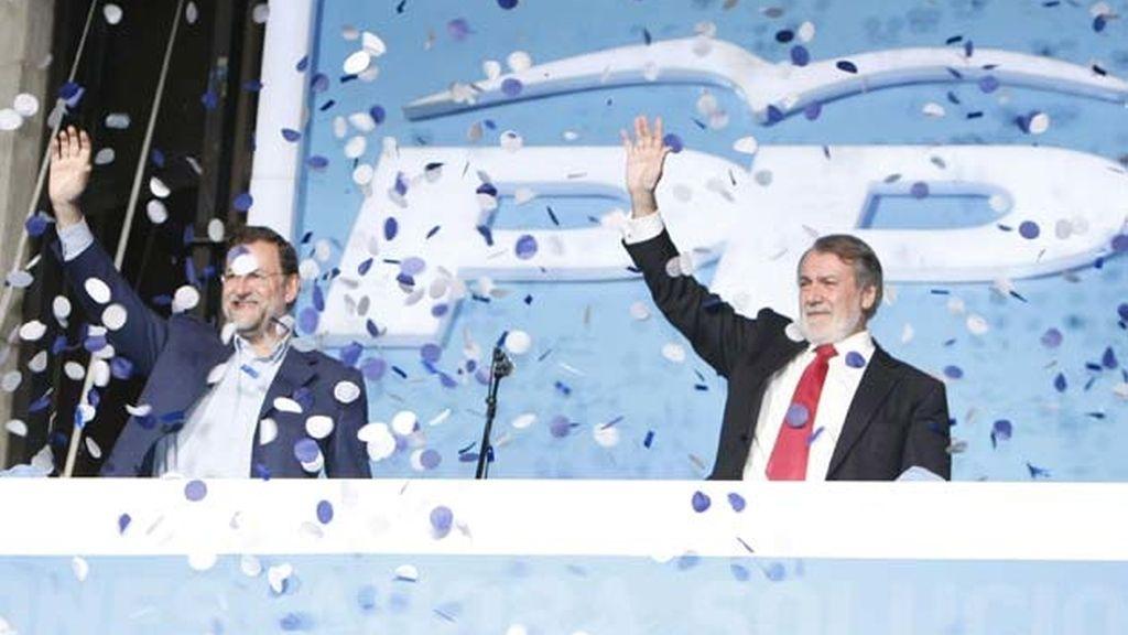 Rajoy y Mayor Oreja