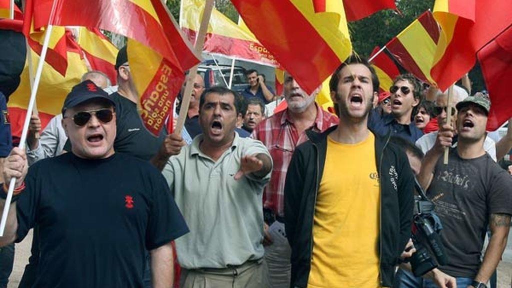 Falangistas durante la manifestación