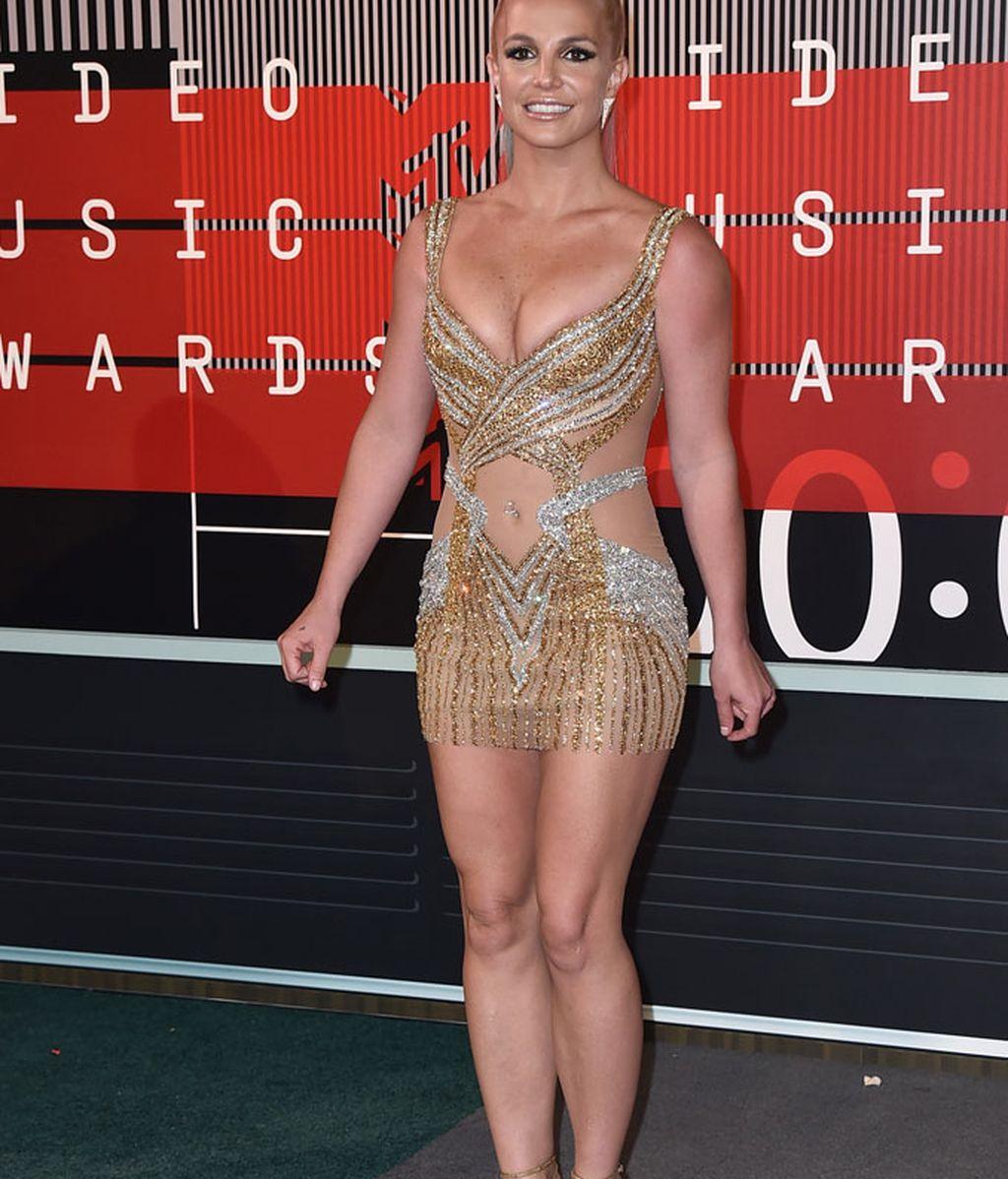 Britney Spears con mini vestido en los MTV