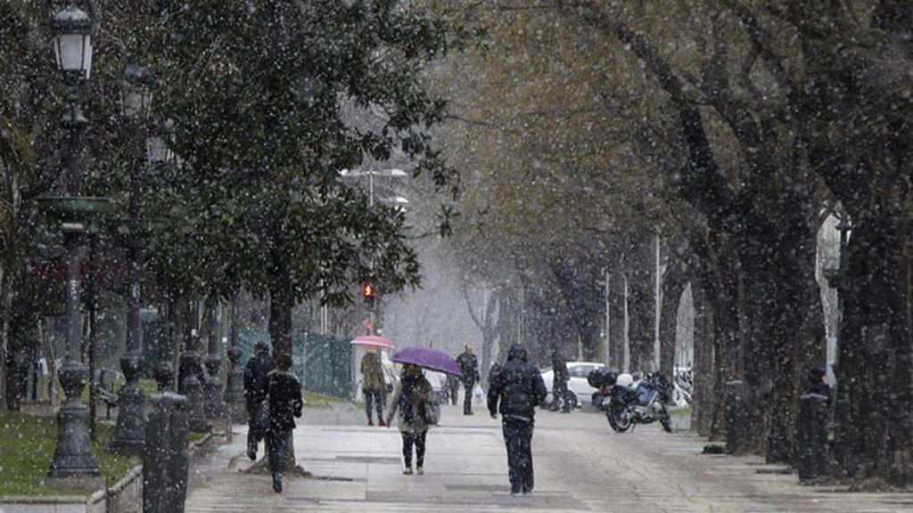 Vuelve a nevar en la capital