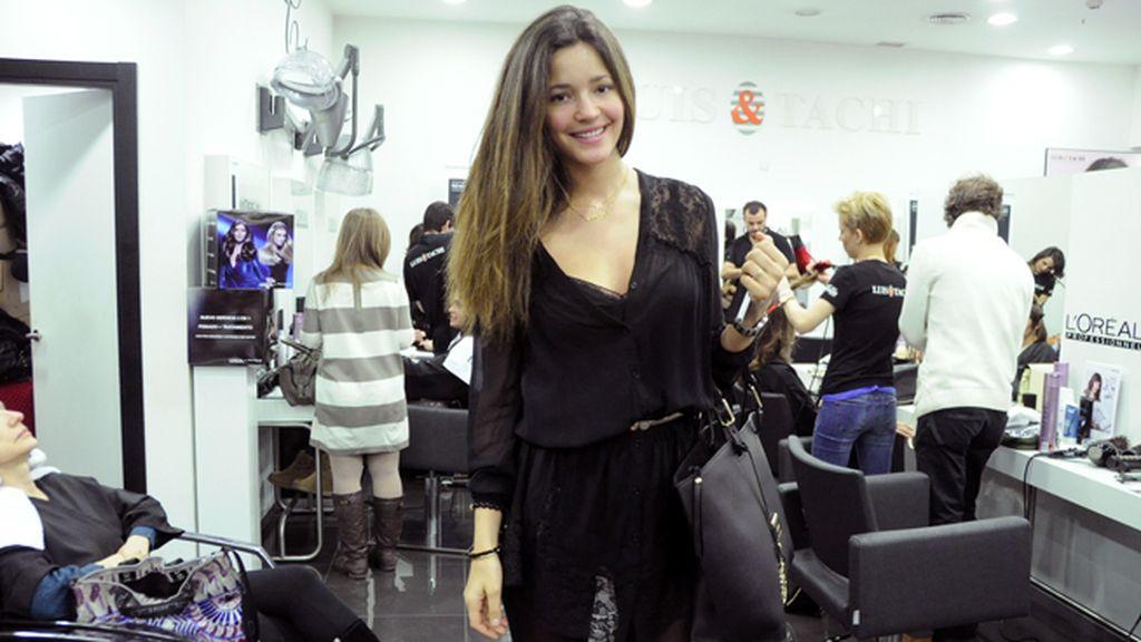 Malena Costa a su llegada a la peluquería Luis & Tachi