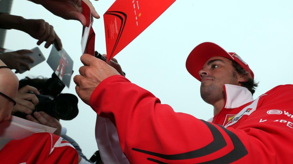 Alonso empieza ilusionando a su nuevo jefe en el GP de China