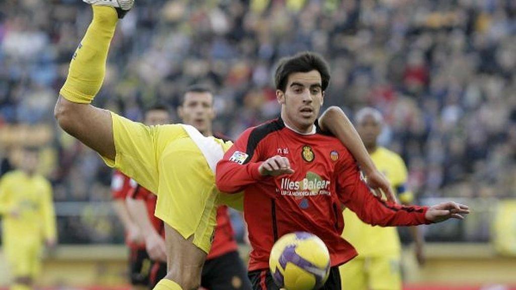 2-0. El Villarreal acaba con su mala racha ante un Mallorca desafortunado