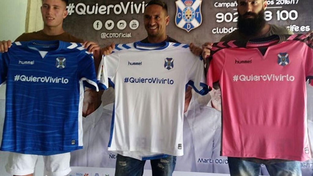 Equipación del Tenerife en la temporada 2016/2017