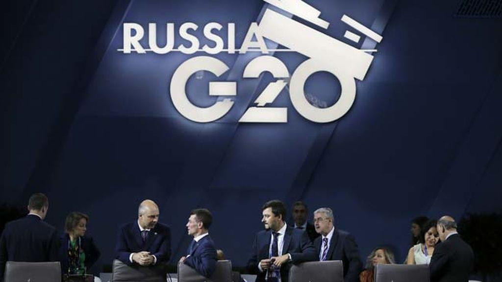 """El G-20 antepone el crecimiento a la austeridad ante una recuperación """"aún muy débil"""""""