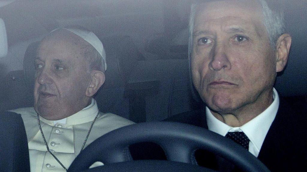 Primera salida de Bergoglio como Papa