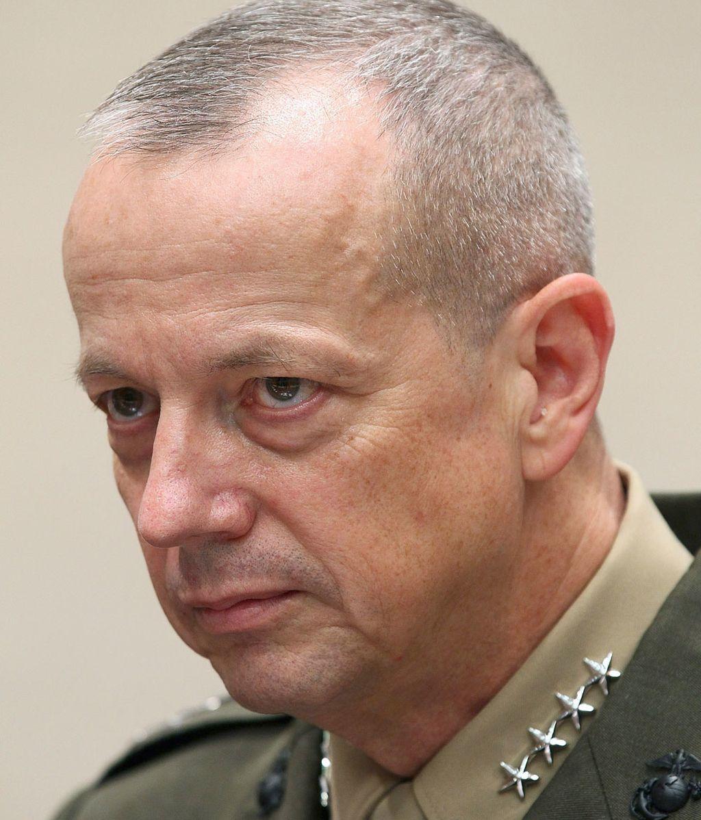 John Allen, comandante en jefe de las tropas de Estados Unidos y la OTAN en Afganistán