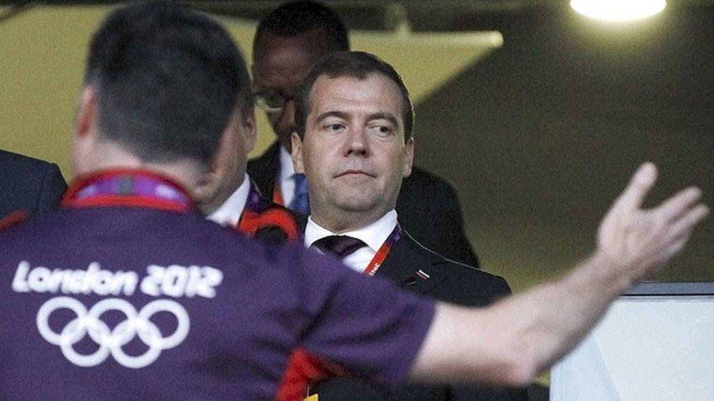 Medvedev, primer ministro ruso, asistió a la ceremonia de apertura