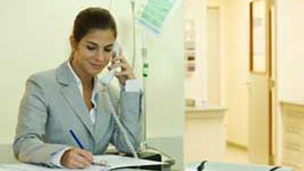 Estar sentada toda la jornada laboral, peligroso para la salud