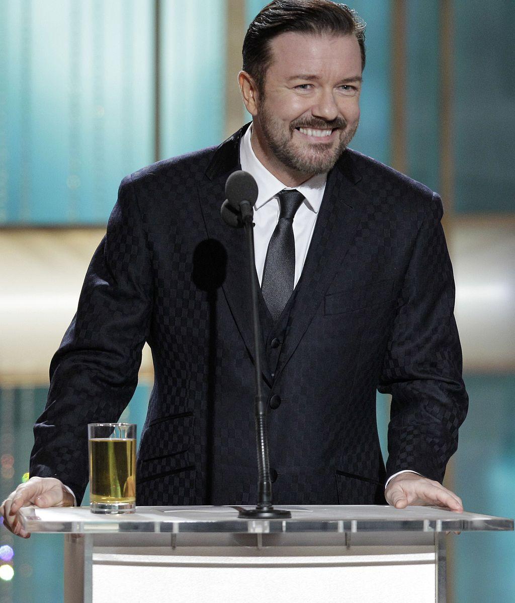 Ricky Gervais presentando una gala