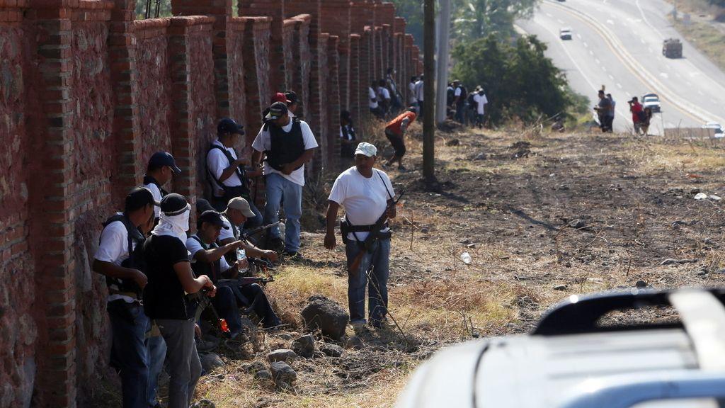 Las autodefensas entran en Apatzingán