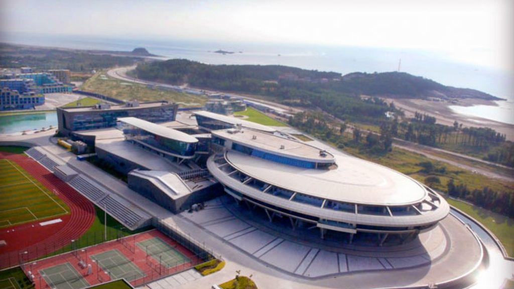 Star Trek, nave espacial, millonario chino