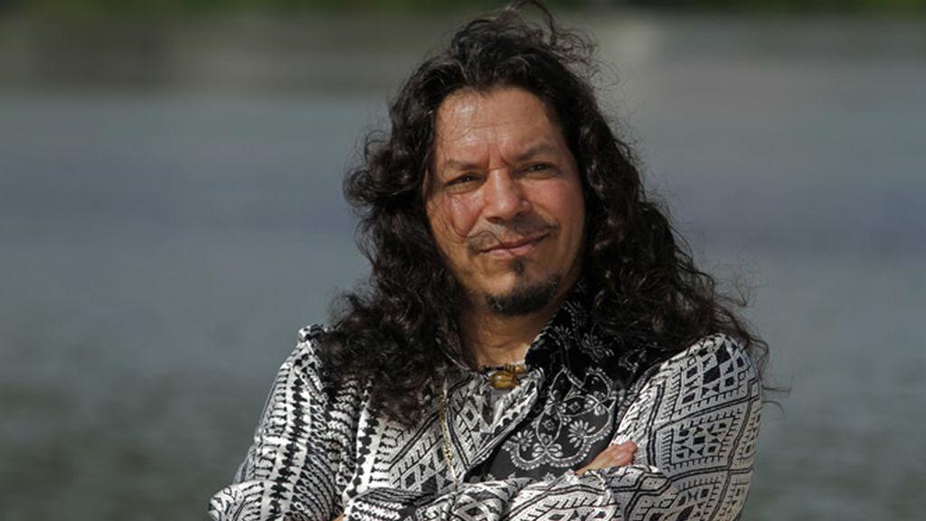 Raimundo Amador se pasea por las calles de Triana para enseñarnos su vista favorita