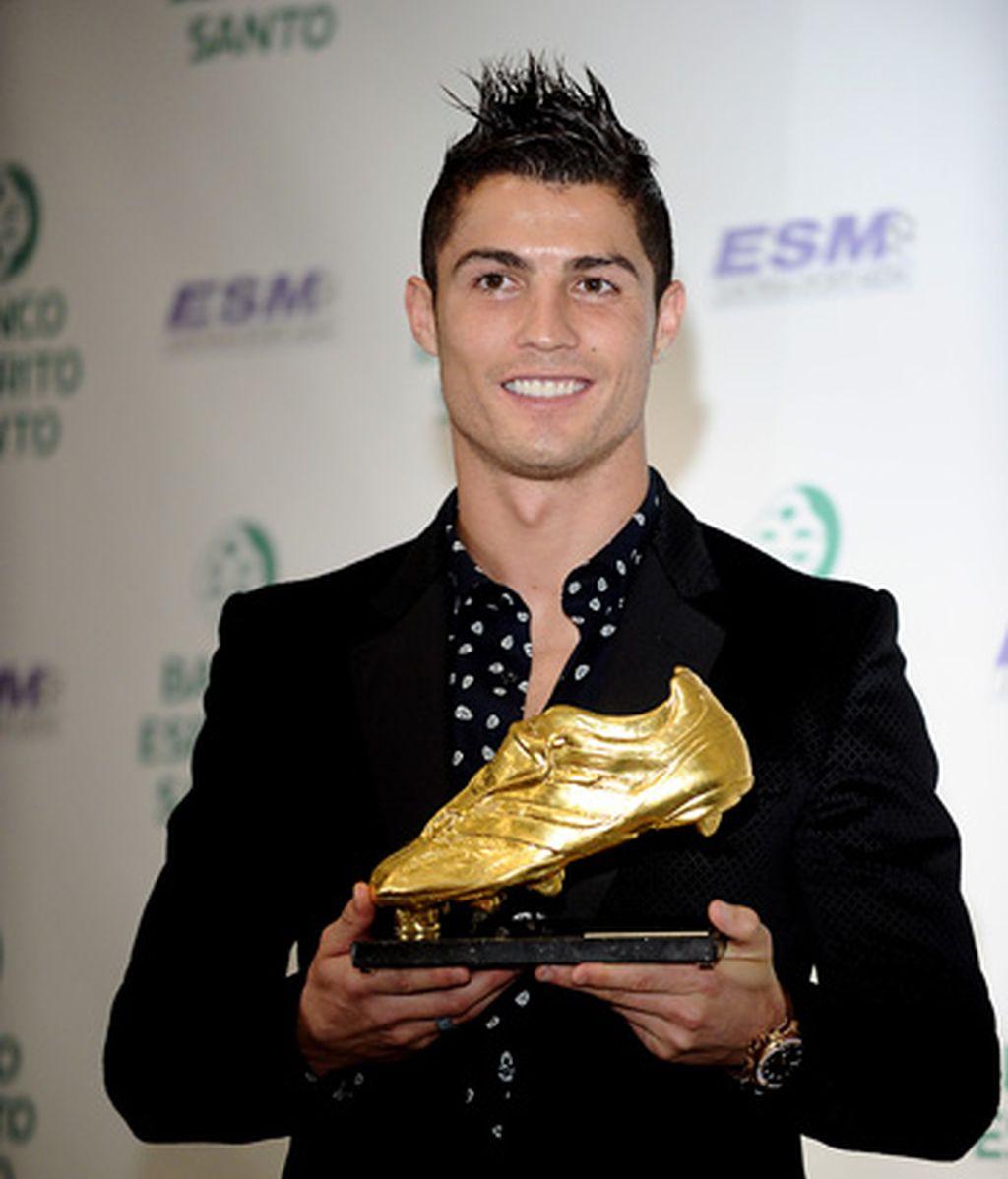 El anillaco de Irina Shayk en la entrega de la Bota de Oro a Cristiano Ronaldo
